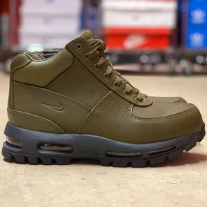 Nike Air Max Goadome Leather Boots NEW Size 8